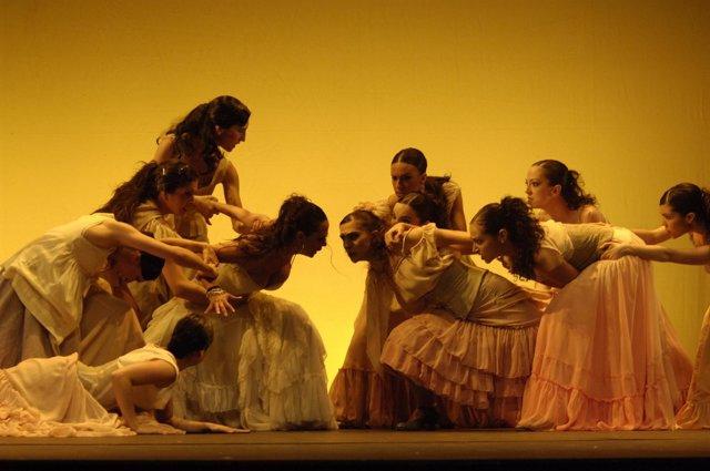 Ballet De Aida Gomez En En Auditorio Al Aire Libre