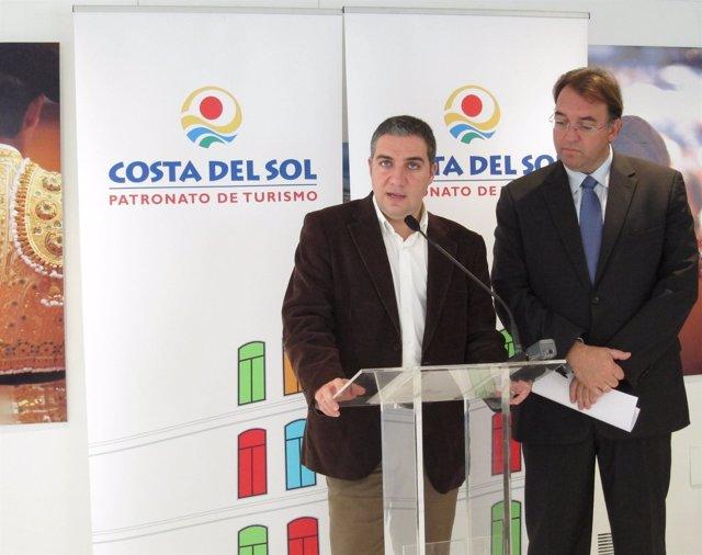 El Presidente Del Patronato De Turismo, Elías Bendodo, Y Gerente Arturo Bernal