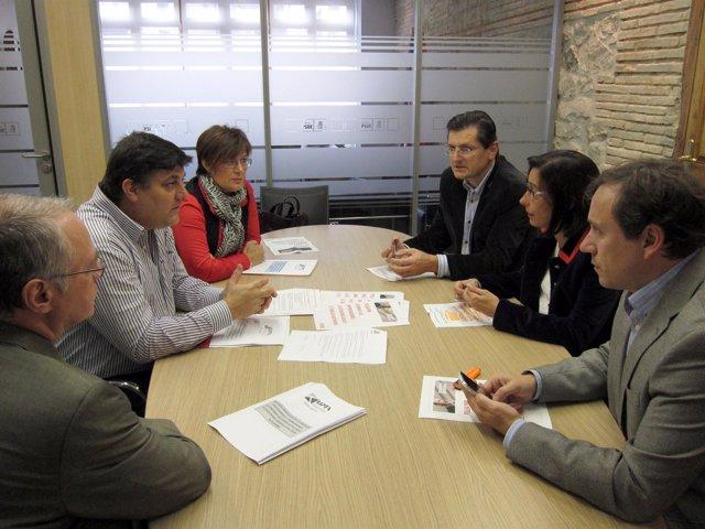 Imagen Del Encuentro PSOE-UPTA