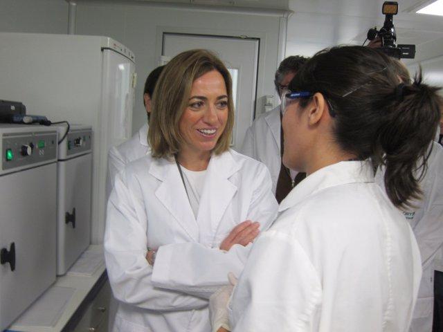 Carme Chacón, En Una Visita A Oryzon Genomics