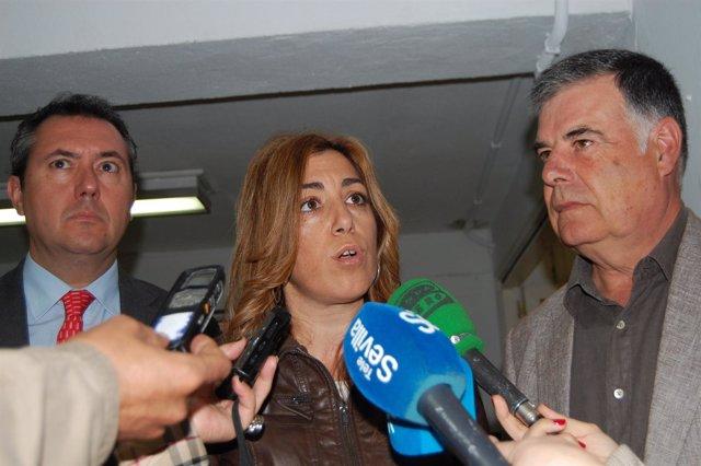 Susana Díaz Flanqueada Por Espadas Y Viera.