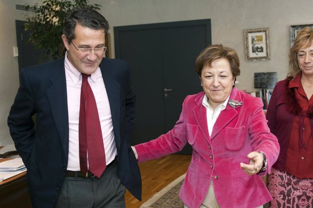 A Conselleira De Sanidade, Pilar Farjas Abadía, Recibirá No Seu Despacho Ao Alca