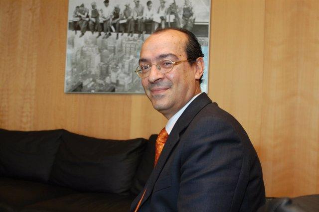 Delegado De Empleo De La Junta En Cádiz, Juan Bouza