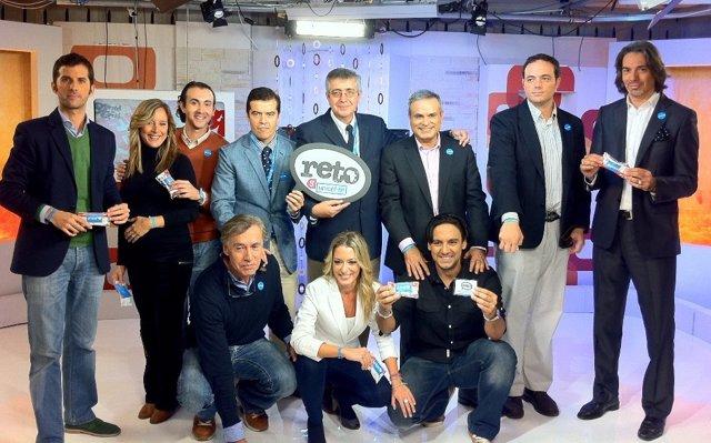 Presentadores De Giralda TV Apoyando El Reto Unicef