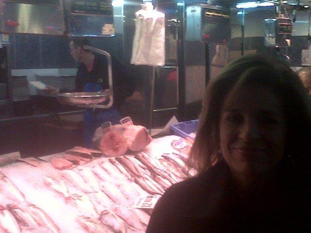 Ana Botella, En El Mercado De Chamberí