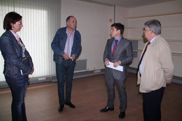 Imagen De La Visita Al Local