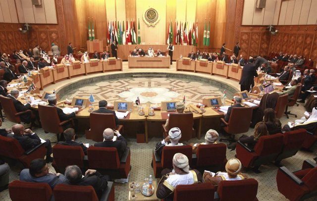 Cumbre De La Liga Árabe En El Cairo