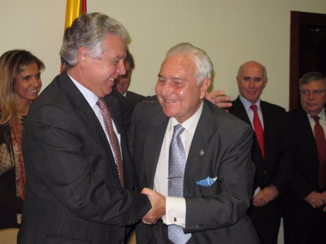 Menacho, Junto Al Presidente Del CGPJ Carlos Dívar