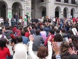 Asamblea En La Porticada