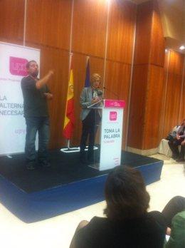 Rosa Díez En Un Debate Con Ciudadanos En Las Rozas