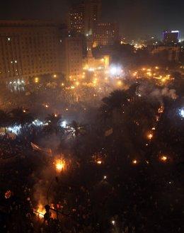 Manifestaciones En La Plaza Tahrir De Egipto