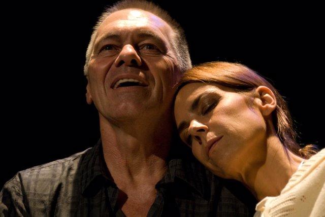 'Por El Papel De Volver A Verla' Llega Al Teatro Lope De Vega