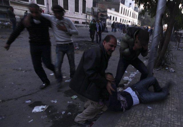 Manifestaciones En La Plaza Tahrir