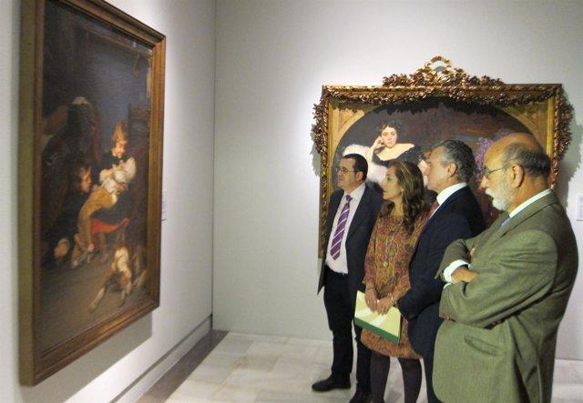 El Consejero De Cultura Y La Directora Del Bellas Artes Visitan Una Exposición
