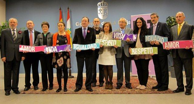 Pedro Sanz, Nieto Y Varios Alcaldes En Contra De La Violencia De Género