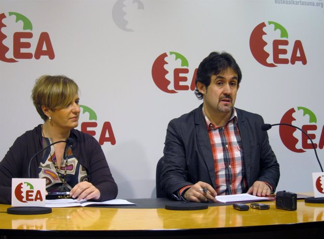 Ikerne Badiola Y Pello Urizar