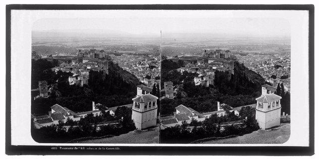 Vista De La Alhambra Y Del Generalife