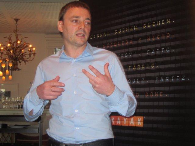 José Luis Martínez, Country Manager Kayac