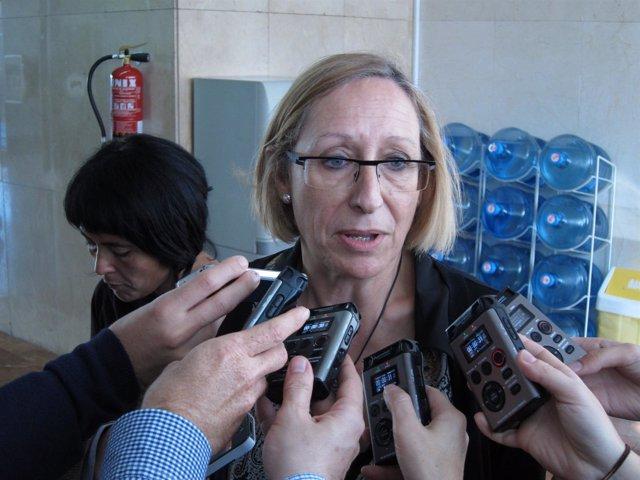 La Portavoz Del PSC En El Ayuntamiento De Barcelona, Assumpta Escarp