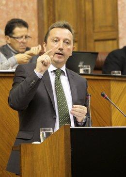 Manuel Recio, Durante El Debate De Una Moción En El Parlamento Andaluz