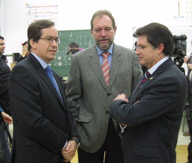 El Secretario General De Enagás Junto Consejero Sotoca Y Alcalde De Lorca
