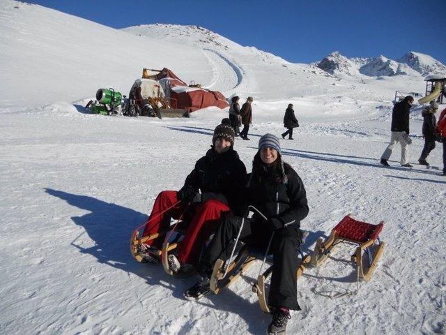 Aleix Alcaraz Y María Montejano