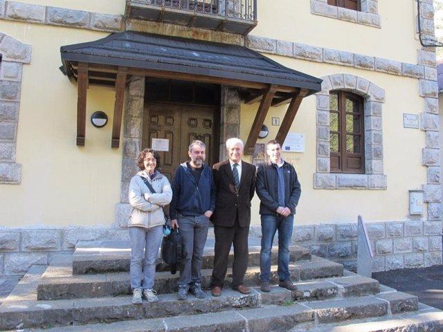 El Director Del ITA Visita El Centro Pirenaico 'A Lurte'