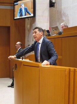El Consejero De Sanidad Del Gobierno De Aragón, Ricardo Oliván