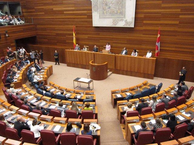Vista Del Hemiciclo Durante La Constitución De Las Cortes.