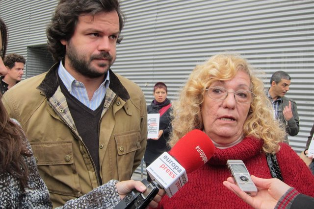 Nacho Uriarte Y La Hermana De Miguel Montes Neiro, Encarnació