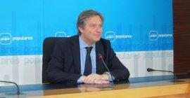 """PP espera que los datos mejores con el nuevo Gobierno de Rajoy, que dará """"confianza"""" a los mercados"""