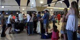 Más de 6,2 millones de viajeros pasarán por los aeropuertos de Aena este puente de diciembre