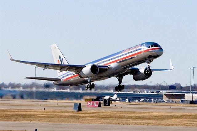 American Airlines Demanda Por Cusar La Muerte De Un Hombre Con Su Comida