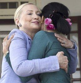 Hillary Clinton Y Suu Kyi