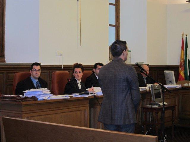 Juicio Contra Acusado De Acribillar A Tiros A Dos Hermanos