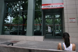 """El Govern ve """"negativas"""" las cifras y cree """"posible"""" que Baleares empiece el 2012 con 100.000 parados"""