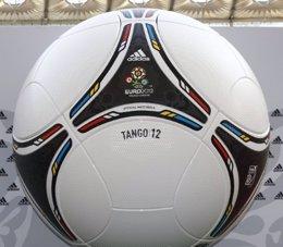 Tango 12 Balón De La Eurocopa 2012
