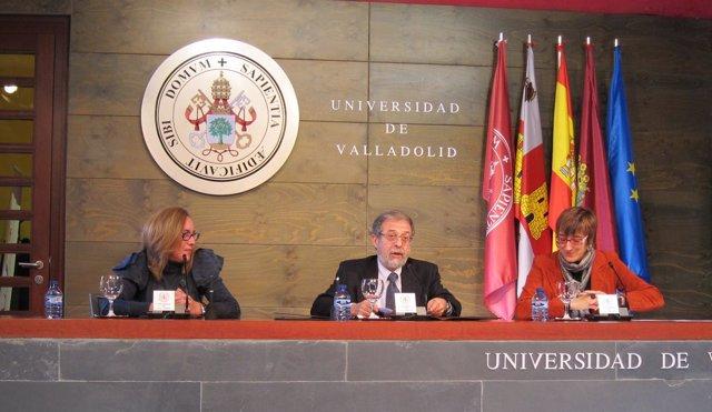 De Izq. A Drcha. Ana Isabel Alario, Marcos Sacristán Y Rocío Anguita