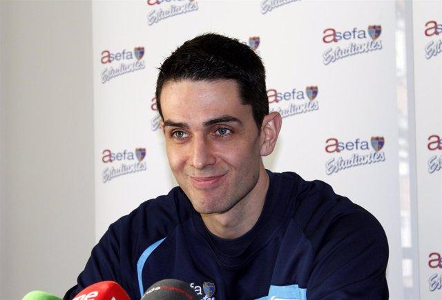 Rodrigo De La Fuente, Jugador Del Asefa Estudiantes