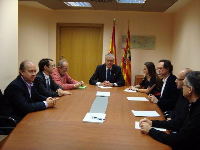 Reunión Del Consejero Antonio Suárez Con Las Empresas En Zaragoza