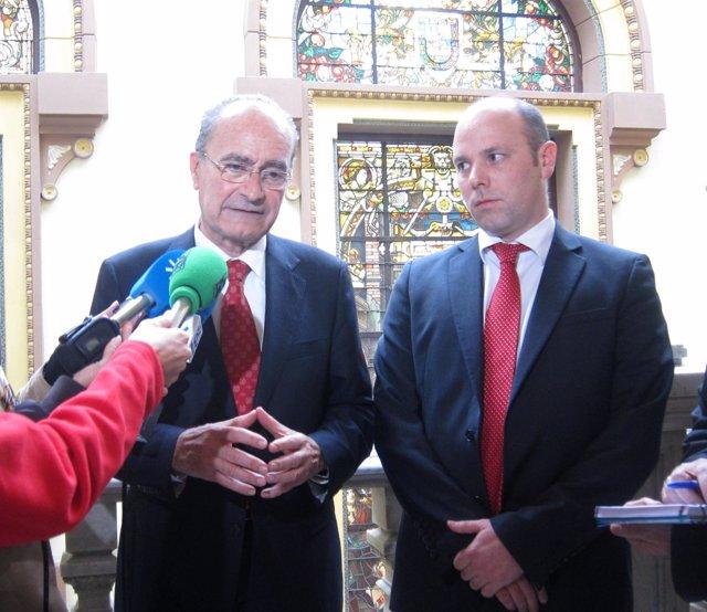 Francisco De La Torre Atiende A Los Medios