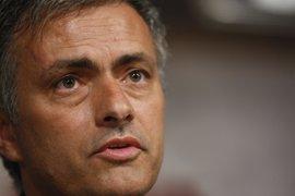 """Fútbol.- Mourinho, """"contento"""": """"La gente me está demostrando madurez, equilibrio y tranquilidad"""""""