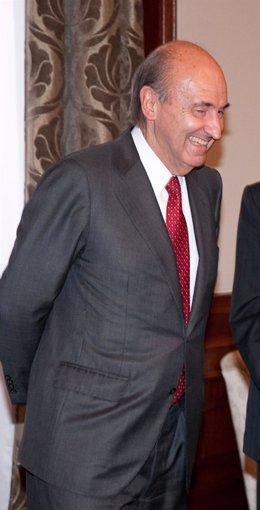 Miquel Roca, portavoz de CiU en la Transición