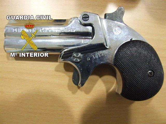 Imagen del Arma simulada Que Utilizaban En Los Robos
