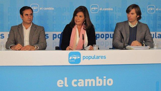 La Alcaldesa De Palomares Del Río, Dolores Rodríguez, En El Centro