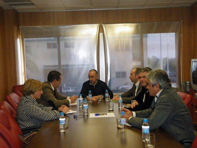 Imagen De La Reunión De Alarte Con Los Regantes En Elche