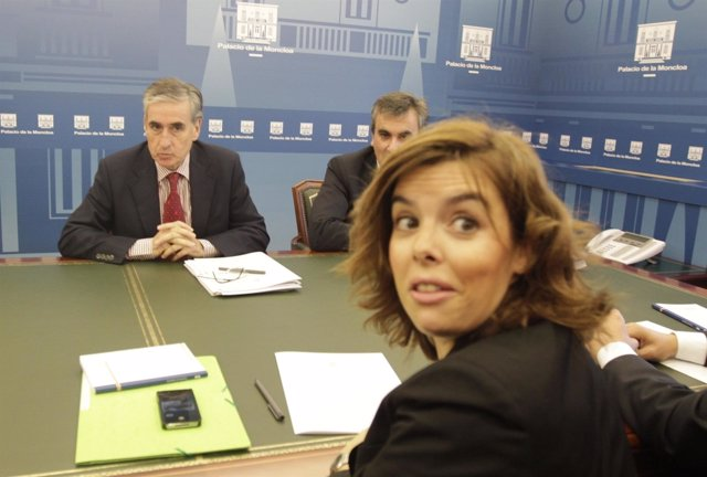 Soraya Sáez De Santamaría Y Ramón Jáuregui