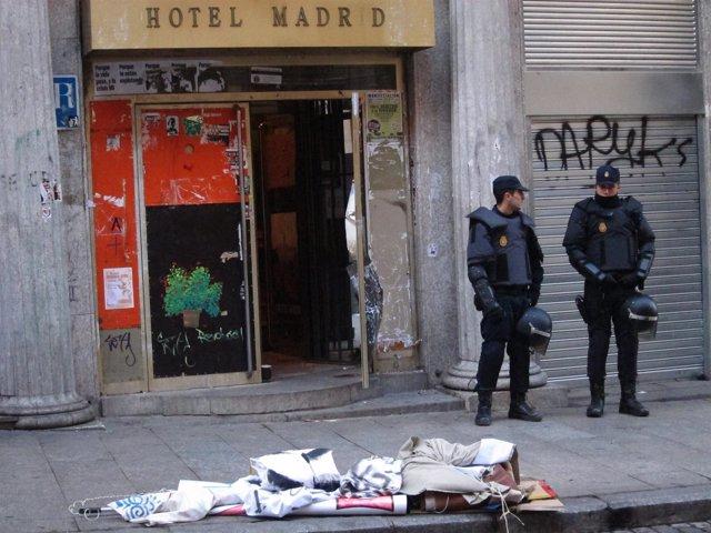 Imagen Del Desalojo De Hotel Madrid