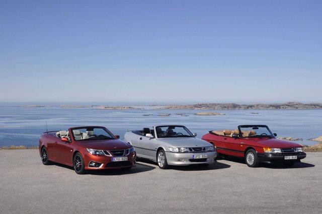 Tres Generaciones De Cabrio De Saab