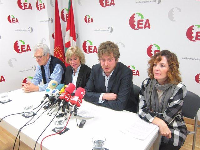 Koldo Amezketa, Miren Aranoa, Maiorga Ramirez Y Eva Aranguren (EA).